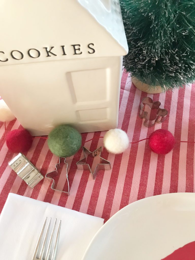 Christmas cookie tablescape