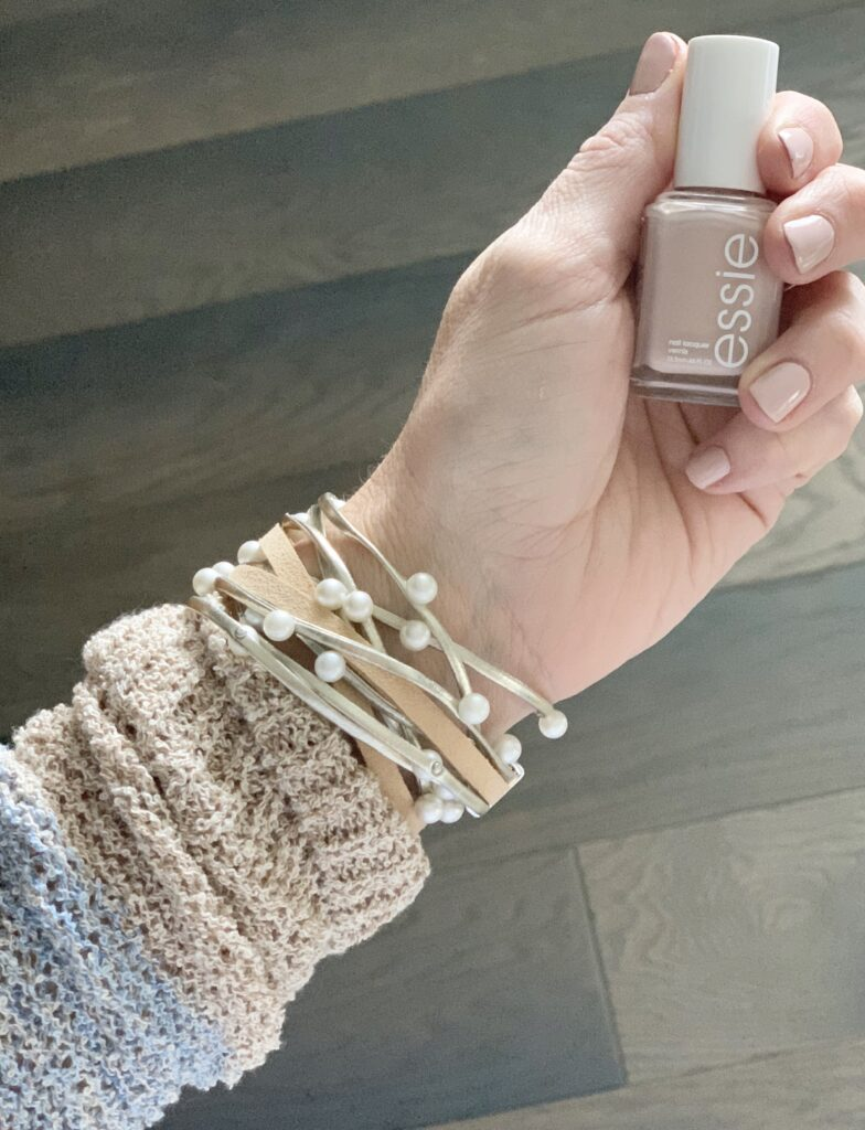 Essie fingernail polish